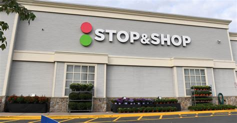Stop & Shop to remove single-use plastic bags in